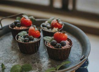 3 proste desery z owoców sezonowych – sprawdź przepisy