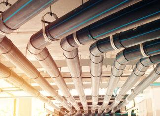 Jakie rury wybrać do instalacji wodno-kanalizacyjnej w domu